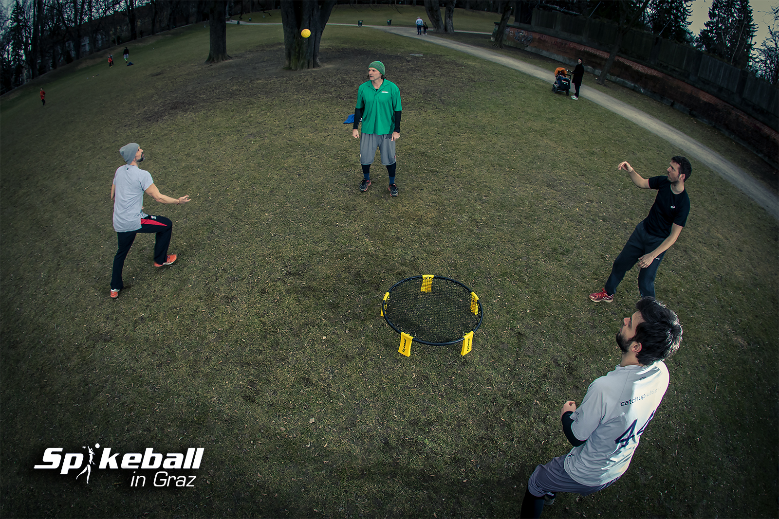 Spikeball in Graz
